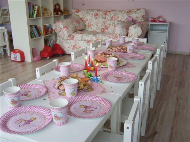kindergeburtstag im kindergarten feiern geburtstag im. Black Bedroom Furniture Sets. Home Design Ideas